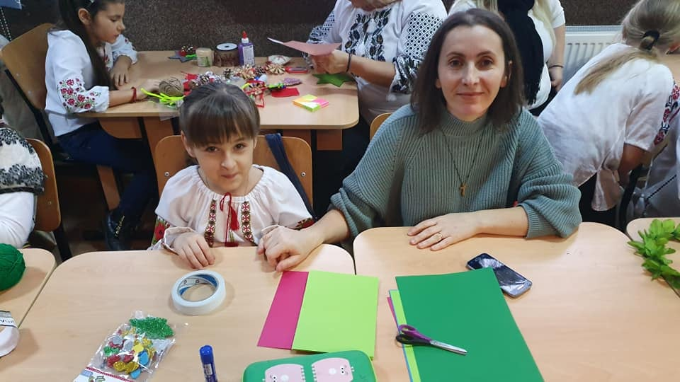 Growing up with Values from Storytelling - Romania - December 2019 - Month of Family - Activity with Families